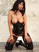Latex corset and black stockings on Desyra Noir | DesyraNoir.com